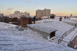 уборка крыш зданий